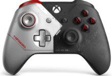صورة نظرة على النسخة الخاصة من يد تحكم Xbox One للعبة Cyberpunk 2077 .